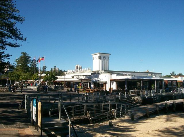 Manly Wharf (Wikipedia)