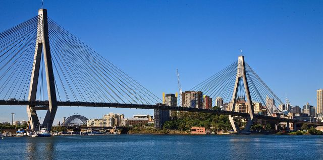 ANZAC Bridge, Rozelle (Richard Taylor/Wikipedia)