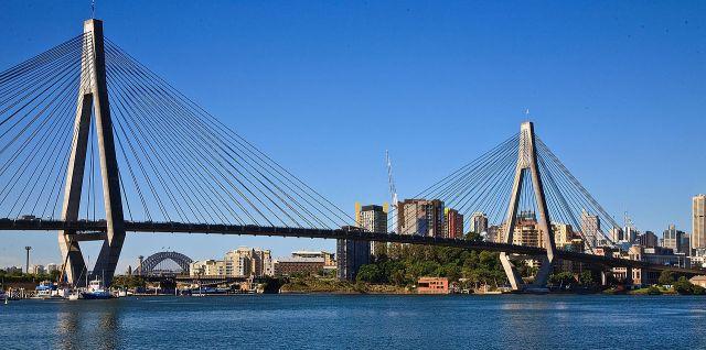 ANZAC Bridge, Rozelle (Richard Taylor/Wikipedia)