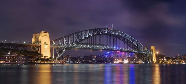 Sydney Harbour Bridge, Sydney NSW (J J Harrison/Wikipedia)