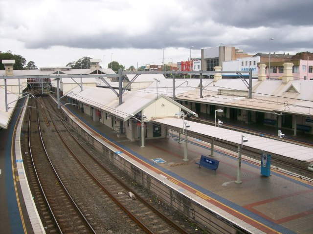 Hornsby railway station, Hornsby NSW (Abesty/Wikipedia)