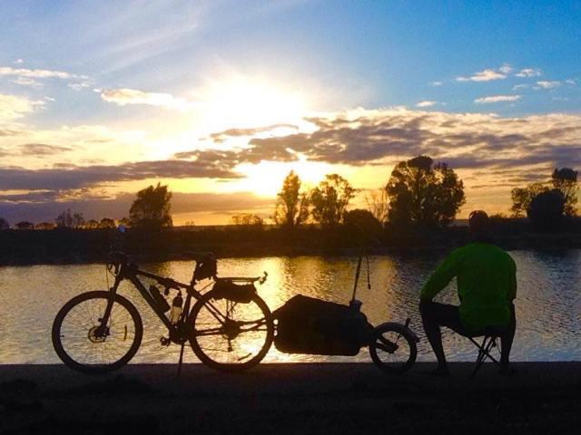 (Chris Anderson/Lone Aussie Rider)