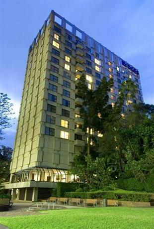 Rydges North Sydney (hotelscombined.com.au)